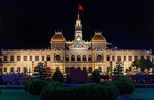 Ayuntamiento,_Ciudad_Ho_Chi_Minh,_Vietnam,_2013-08-14,_DD_09