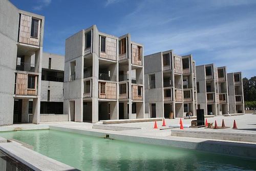 An analysis of the architectural design of louis kahns the salk institute